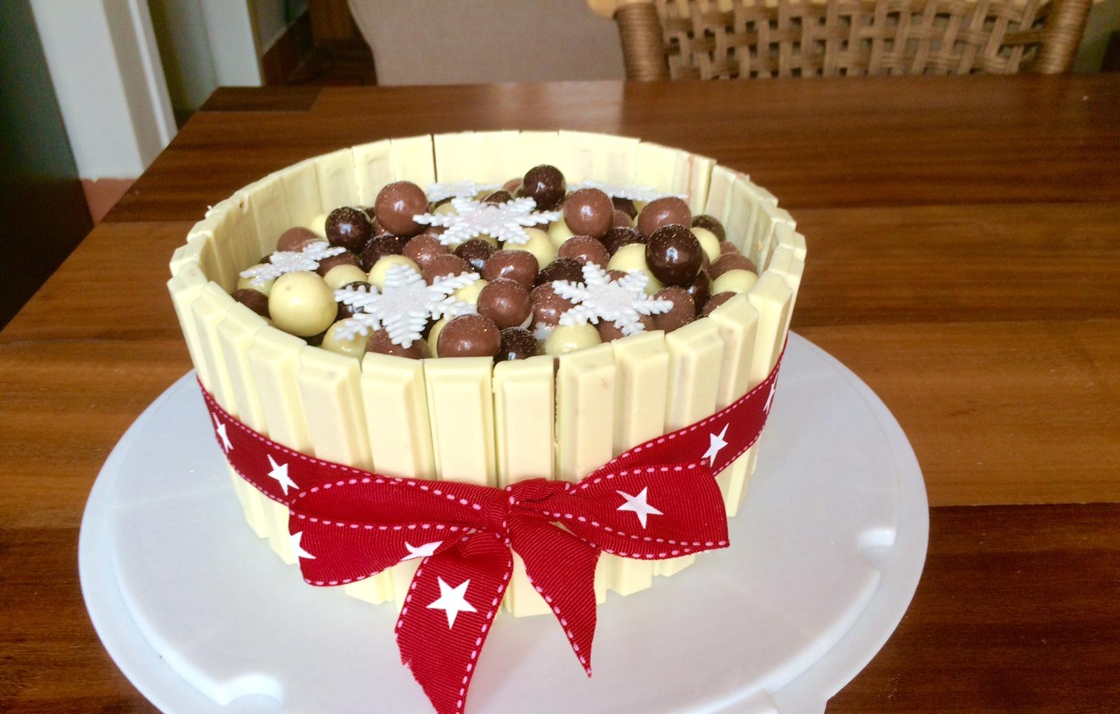 Ridiculously Ravishing Red Velvet Celebration Cake